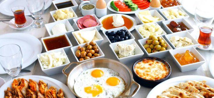 Başarılı Bir Eğitim Yılı İçin Kahvaltı