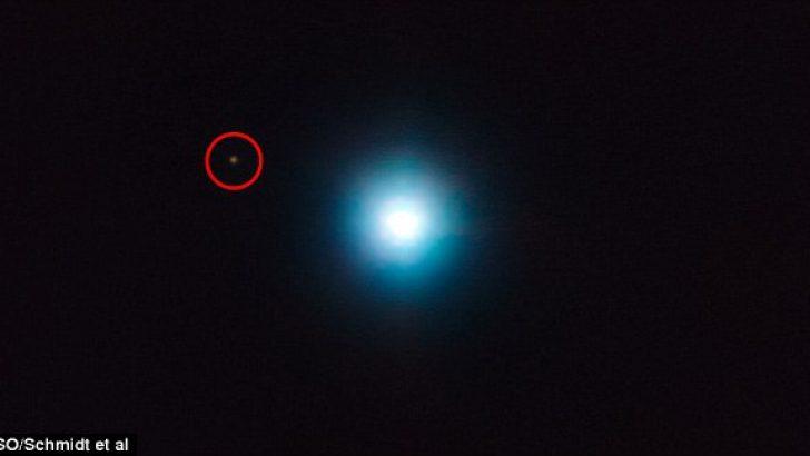 Yörünge Turunu 27 Bin Yılda Tamamlayan Gezegen