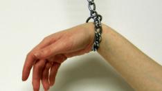 Yabancı El Sendromu (Alien Hand Syndrome)